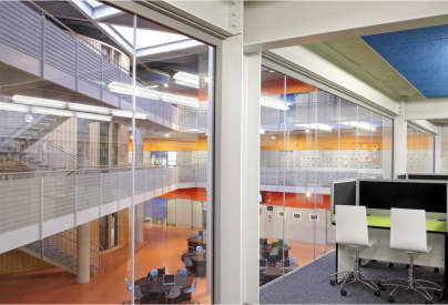 Uncompromising fire protection for contemporary steel framed glazing with SYSTEMGLAS® Ferro