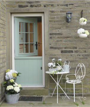 Solidor chooses Winkhaus lock for its SBD-accredited stable door