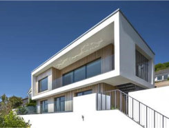 Uni_Slide unlocks Atlantic views at Sea Edge House